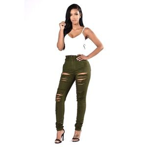 NWT Fashion Nova Aphrodite Roll Out Destroy Jean 9